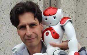 spreker-exponentiele-technologie-en-robots-randall-van-poelvoorde